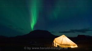 Polarlicht über dem Herdubreid